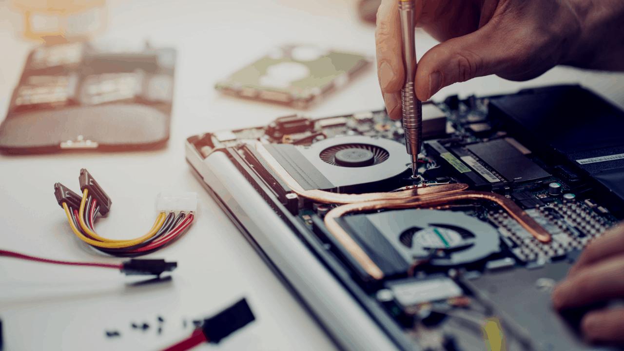انواع خدمات مرتبط با سخت افزار ها و نرم افزار ها